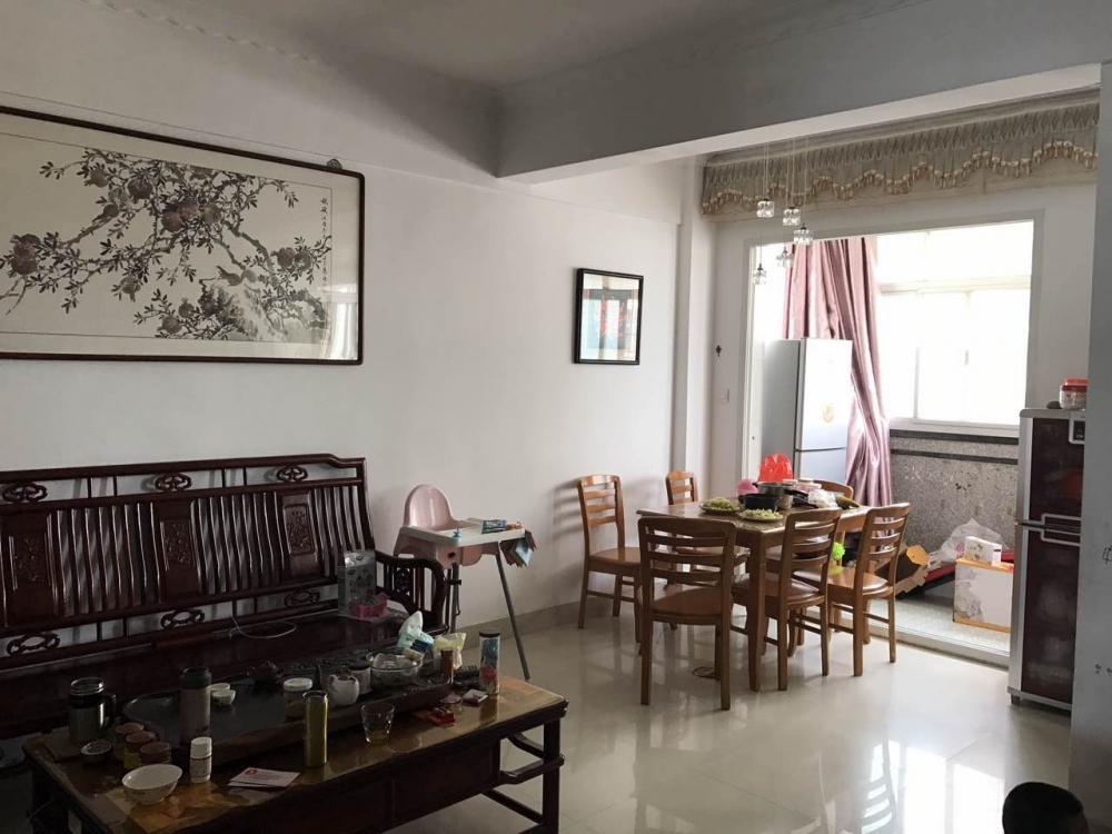 出售:低价出售力合花园套房(5楼),简单装修