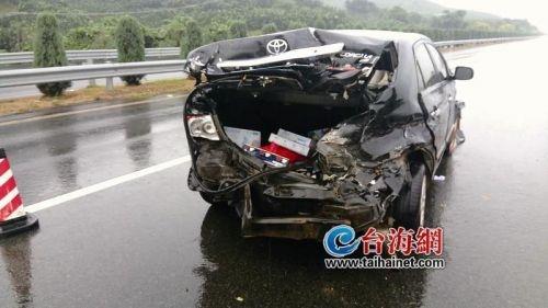 诏安新闻|福诏高速一小车连撞2次护栏孩子被